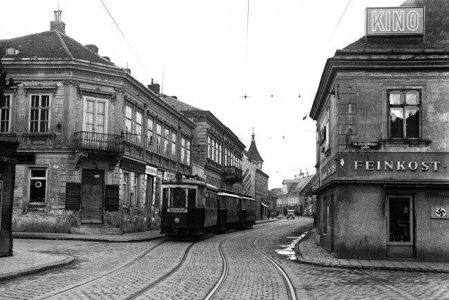 Zur Zeit des Zweiten Weltkrieges gab es in Wien nur Bim-Verkehr.