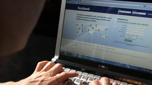 EGS-Leiter soll rechtsextremes Material auf FB geteilt haben