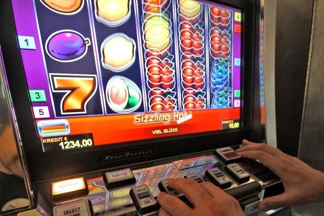2017 wurden im Glücksspielbereich deutlich mehr Razzien durchgeführt.