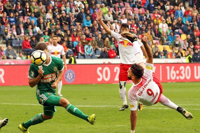 Red Bull Salzburg spielt am Sonntag gegen Rapid Wien.