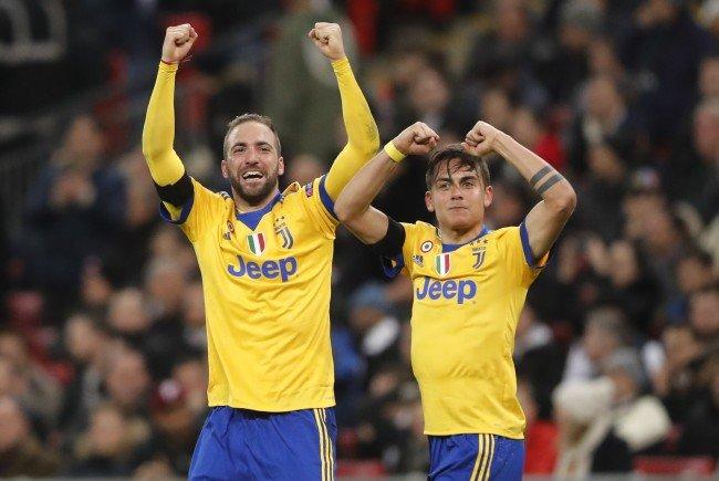 Gonzalo Higuain und Paulo Dybala schossen Juve ins Viertelfinale.