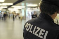 Dealer versetzte Polizisten Kopfstoß: Festnahme