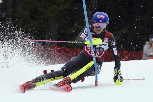 Ski-Star Mikaela Shiffrin geht auf ihren 31. Sieg in einem Weltcup-Slalom los.