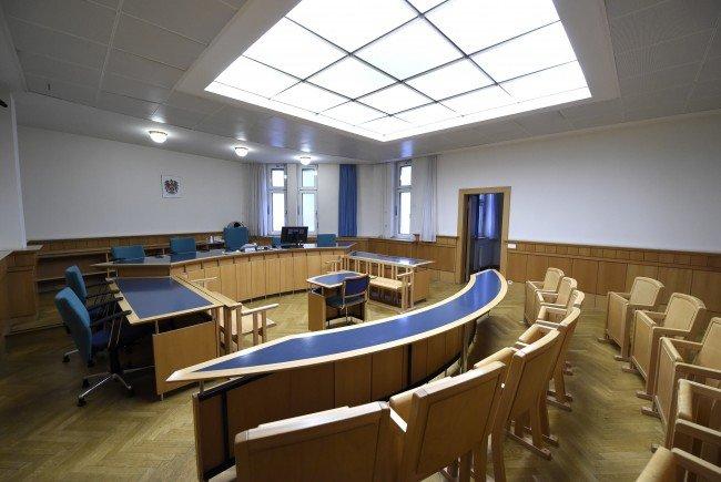 Zum Prozessauftakt in Wien gab es Geständnisse