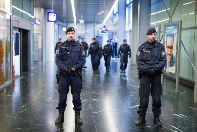 Die Polizei führte am Freitag eine Aktion am Praterstern durch