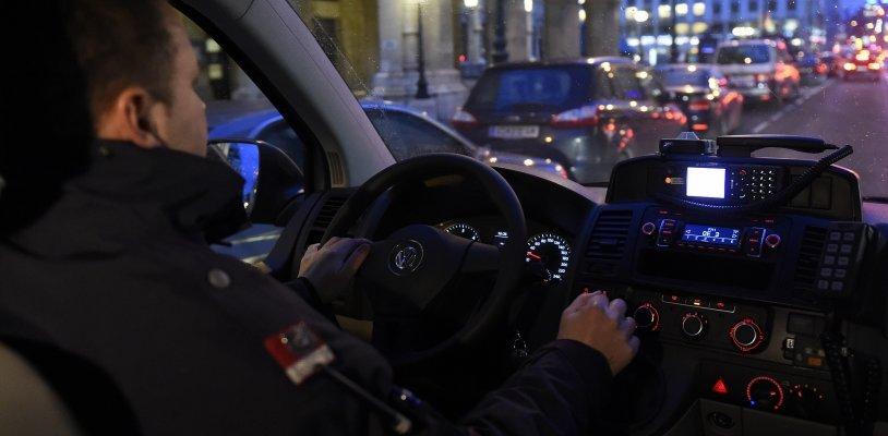 Trafik-Überfall mit Faustfeuerwaffe in Wien-Favoriten: Fahndung nach Täter