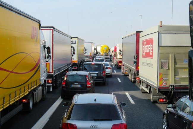 Wegen den Bauarbeiten kann es auf der Brigittenauer Brücke in Wien zu Staus kommen.