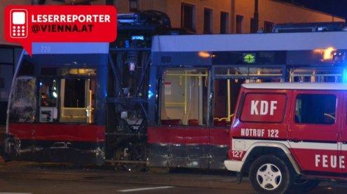 Schwerer Verkehrsunfall in Wien: Reisebus kollidierte mit Bim