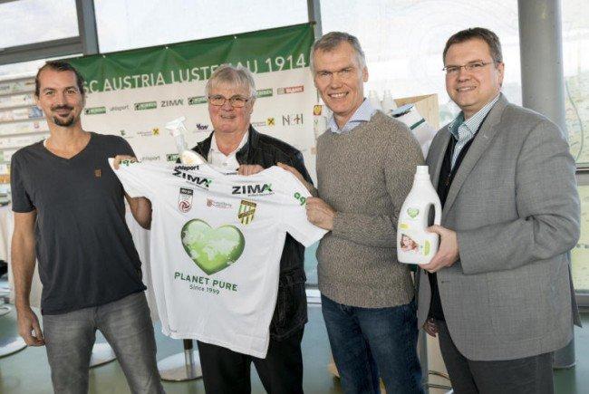 Herzenswette! Austria Lustenau spendet für Pater Georg Sporschill