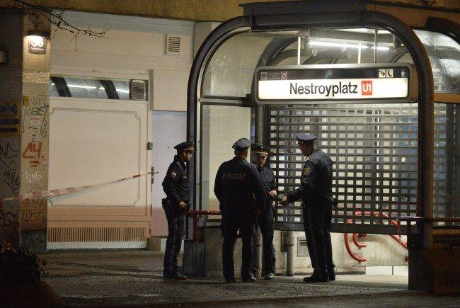 Der 23-Jährige griff vier Menschen am Wiener Nestroyplatz und am Praterstern an.