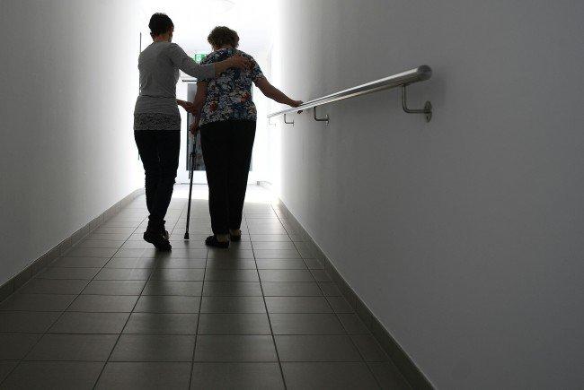 Der Experte rechnet mit hohen Kosten durch den Wegfall des Pflegeregresses.