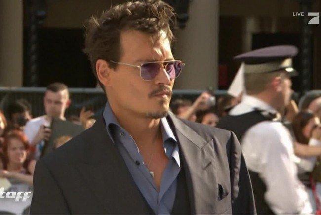 Ganz schön skurril: Johnny Depp hat eine Vorliebe für Barbie-Puppen.