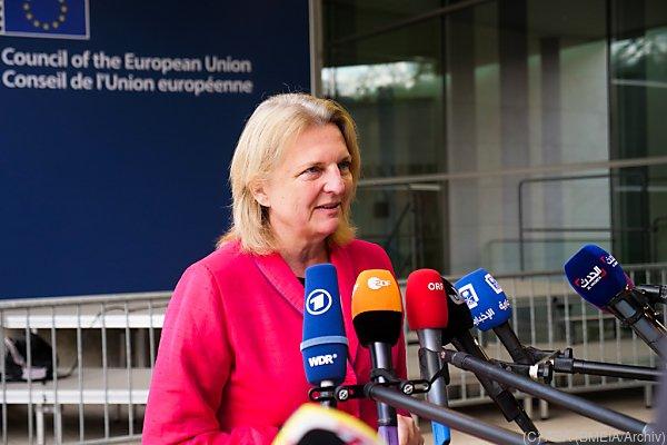 Karin Kneissl in Brüssel erwartet