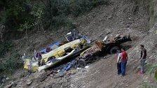 13 Kinder starben bei Schulbus-Unfall in Indien
