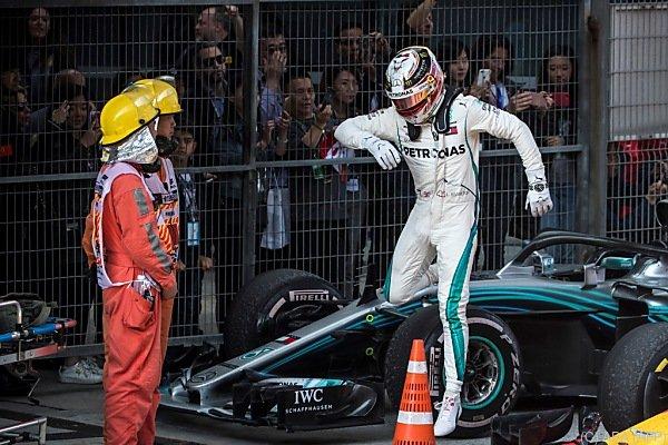 Hamilton stieg leicht frustriert nach dem Rennen aus dem Auto