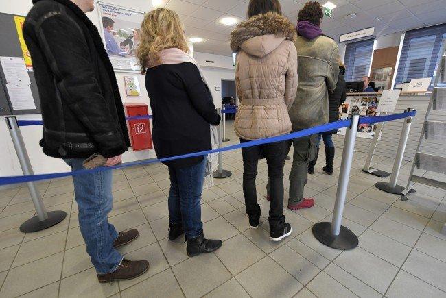 Arbeitslosigkeit im März unter 400.000er-Marke, Minus 6 Prozent in Wien