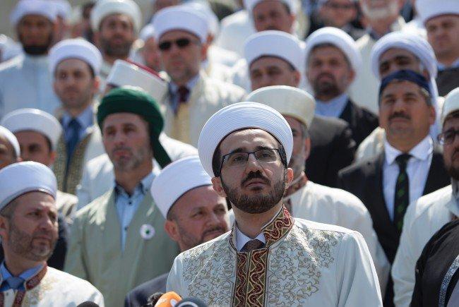 Imam von Wiener Skandal-Moschee suspendiert