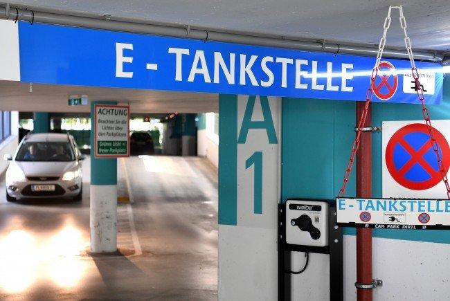 In Wien wird das Netz der E-Ladestallen ausgebaut.