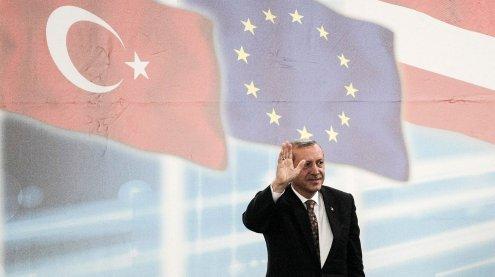 Regierung verbietet türkische Wahlkampfauftritte in Österreich