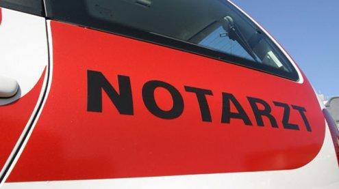 Bub in Wien-Floridsdorf von Pkw erfasst und schwer verletzt