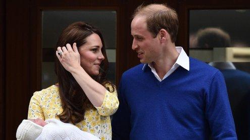 Herzogin Kate im Krankenhaus: Royales Baby geboren & wohlauf