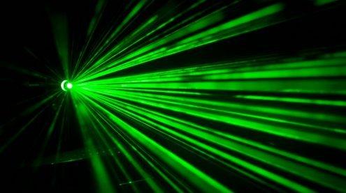 Laserattacke auf zwei landende Flugzeuge bei Wien-Schwechat