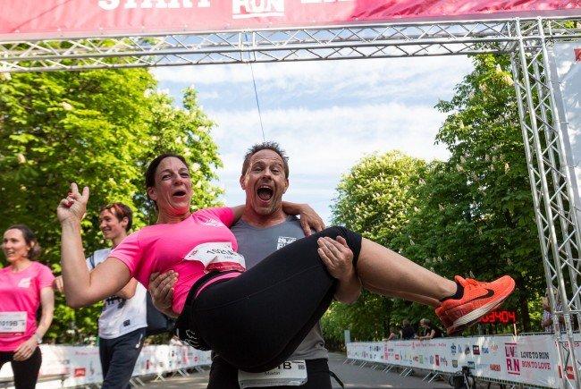 Beim ersten Loverun in Wien waren fast 400 Läufer im Prater.