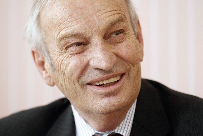 Der Preis ist nach dem 2011 in Wien verstorbenen Physiker Heinz Oberhummer benannt.