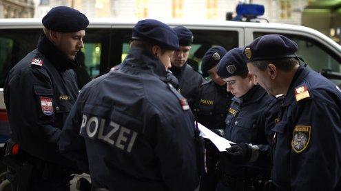 30-Jähriger von Unbekanntem in Wien mit einem Messer attackiert