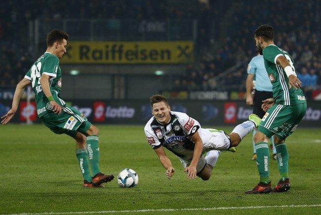 Sturm Graz und Rapid Wien treffen im Merkur Stadion aufeinander.