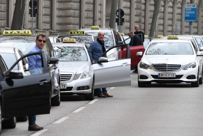 Image Result For Taxi Demo Wien