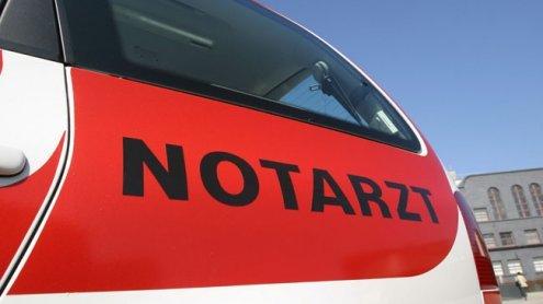 Motorradfahrer schlug mit Kopf auf: Tödlicher Unfall in NÖ