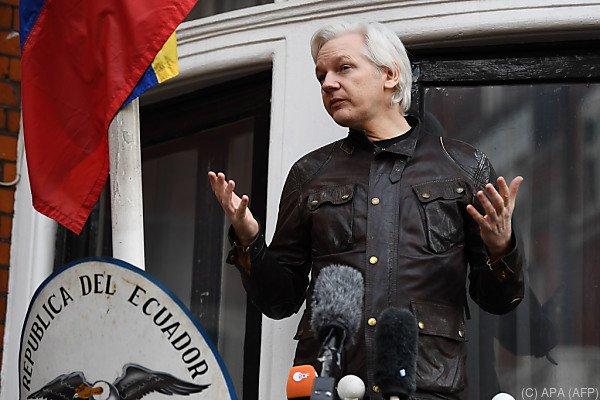 Ecuador gewährt Assange Asyl, traut ihm aber auch nicht so recht