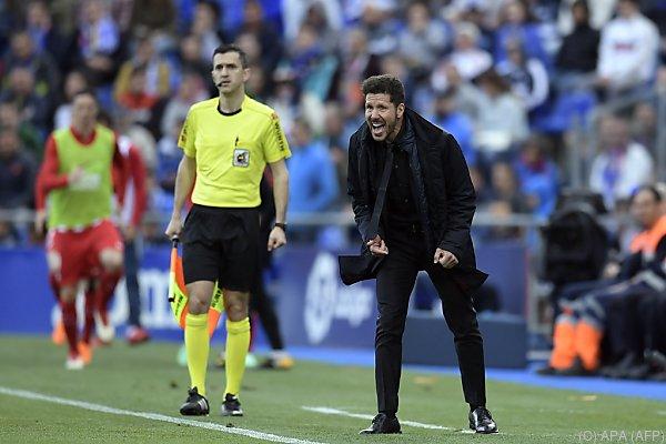Diego Simeone wird diesmal nicht an der Seitenlinie stehen