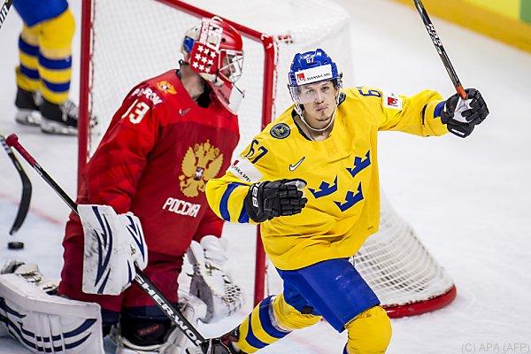 Schweden gewann die Österreich-Gruppe nach einem 3:1 gegen Russland