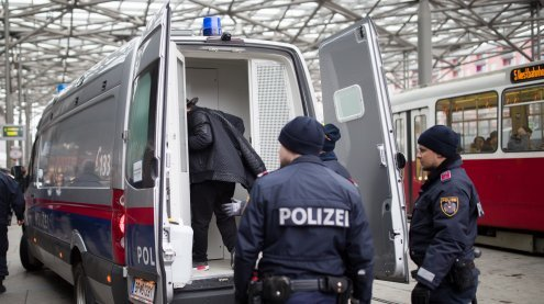 43-Jähriger bedroht bei Streit Mann mit Gaspistole in Liesing