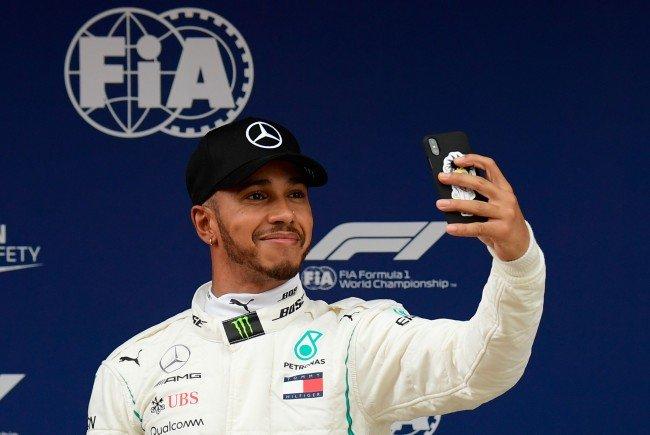 Hamilton in Barcelona vor Bottas auf Pole Position
