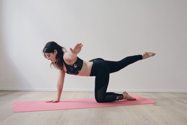 Pop Pilates bietet abwechslungsreiche Übungen zur aktuellen Musik.