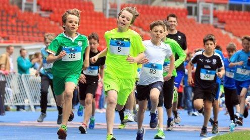 Kids beweisen sich beim Kinder-lauf und Vienna Teen Race in Wien