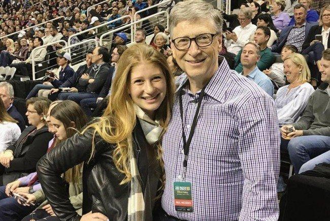 Zu ihrem Uni-Abschluss bekam die Tochter von Bill Gates ein ganz besonderes Geschenk.