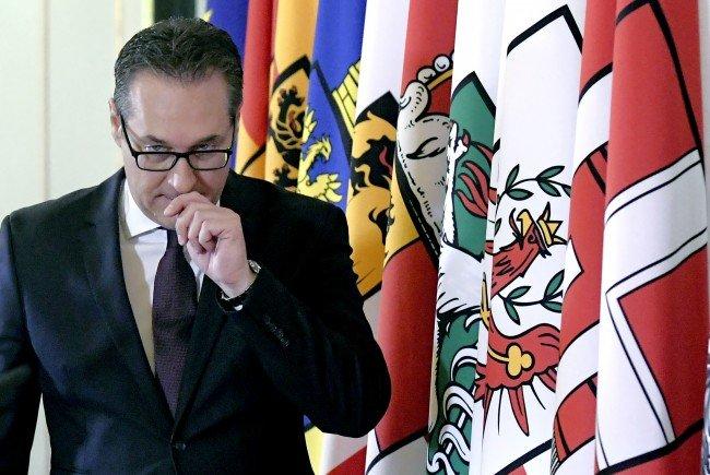 """Vizekanzler HC Strache warnte in Wien vor """"Importiertem"""" Antisemitismus."""