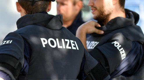 Demo vor Wiener Kursalon löste einen Angriff auf die Polizei aus