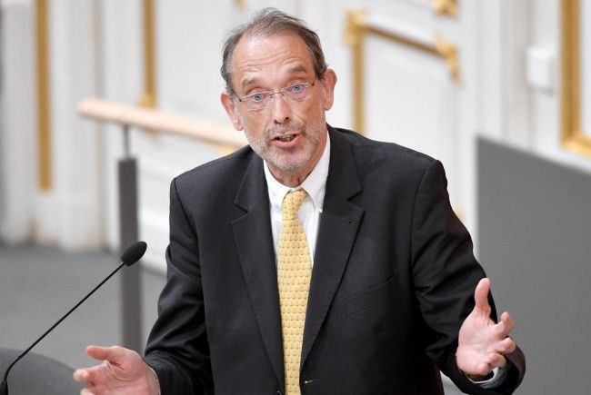 Bildungsminister Heinz Faßmann (ÖVP) sieht den Deutschförderklassen an Wiener Schulen optimistisch entgegen.