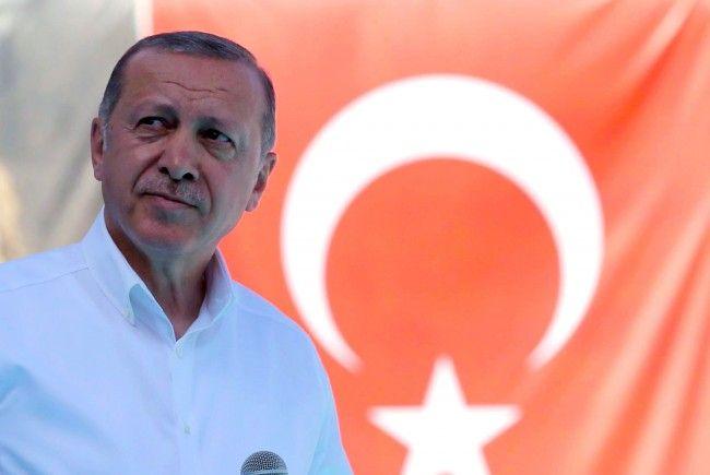 Türkeis Präsident Erdogan meldete sich zu den Moscheen-Schließungen in Österreich zu Wort.