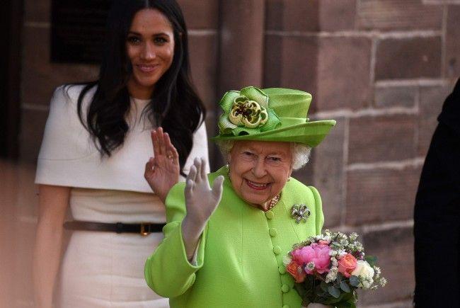 Queen Elizabeth und herzogin Meghan absolvierten ihren ersten gemeinsamen Termin.