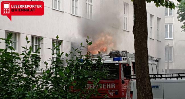 Zwei Arbeiter wurden bei dem Brand verletzt.